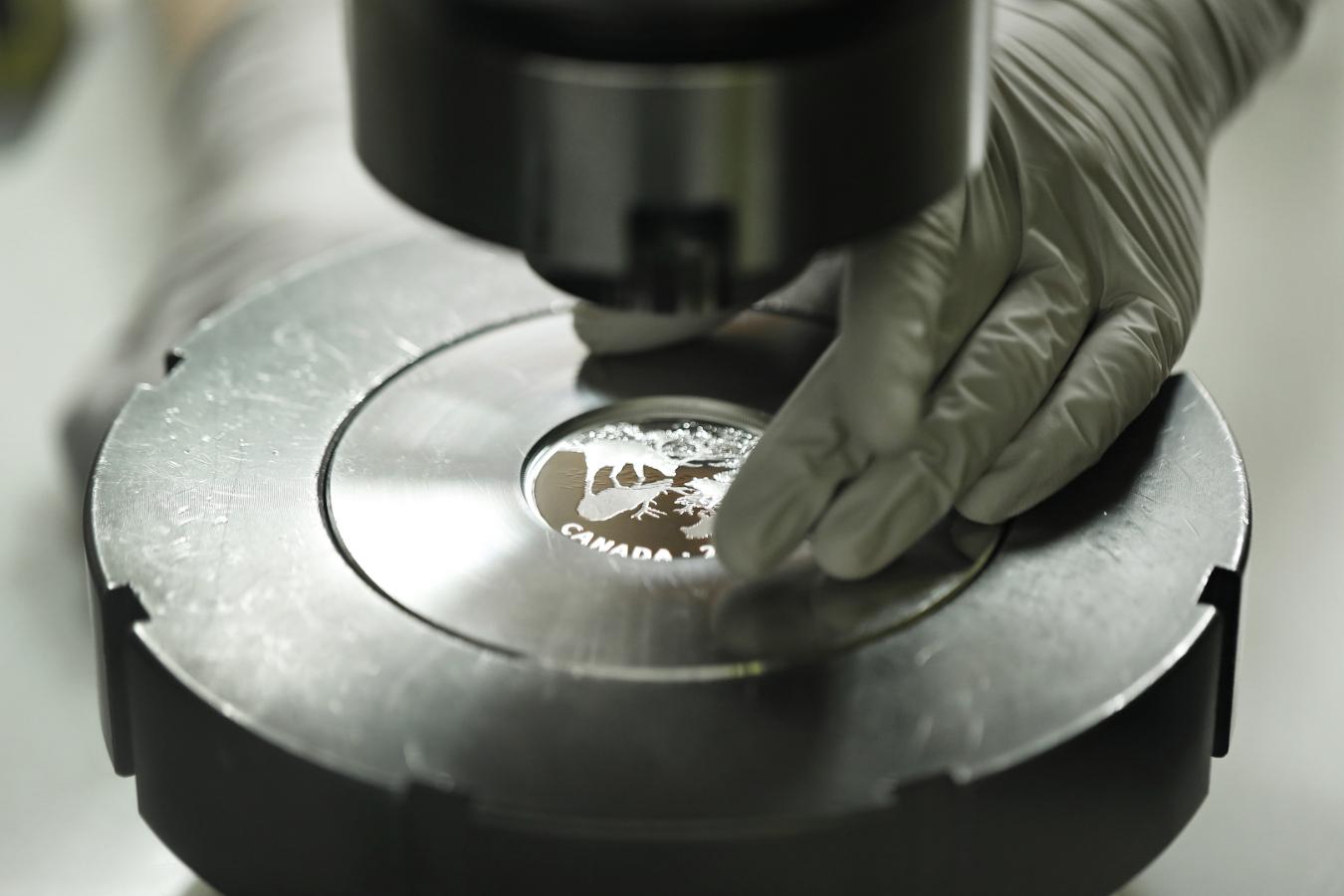 プルーフコインの鋳造